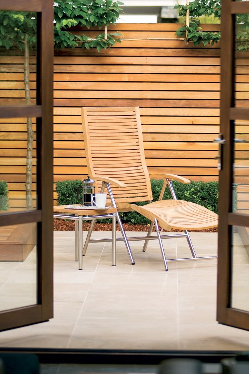 Salon de jardin inox brosse for Table et chaise de jardin en teck pas cher