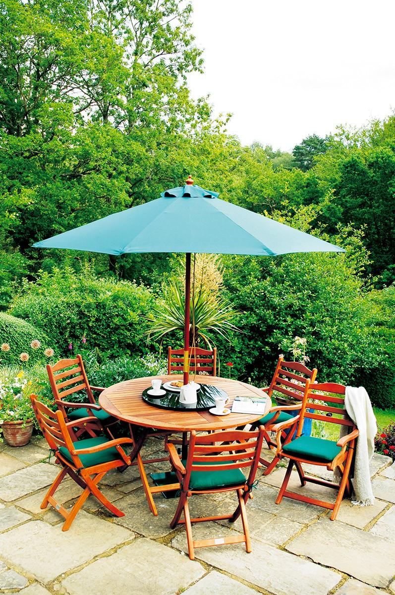 Salon de jardin mathieu mategot des id es int ressantes pour la conception de for Petite table ronde de jardin leclerc