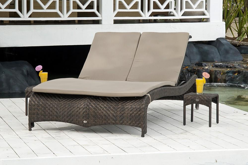 coussin taupe pour bain de soleil double ref 789. Black Bedroom Furniture Sets. Home Design Ideas