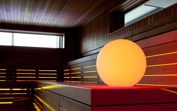 ball50 boule lumineuse d 39 ambiance multiolore led sans fil diam tre 50 cm. Black Bedroom Furniture Sets. Home Design Ideas